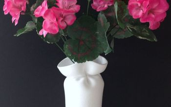 Wonky Foam Cup Vases