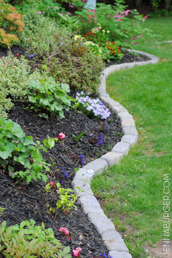 9 Amazing Garden Edge Ideas from Wildly Creative People | Hometalk on easy permaculture ideas, easy travel ideas, easy composting ideas, easy landscaping ideas, easy diy ideas, easy topiary ideas, easy christmas ideas, easy spring ideas, easy container plant ideas, easy entertaining ideas, easy container flower gardening, easy food ideas, easy garden, easy woodworking ideas, easy fall ideas, easy flower gardening ideas, flowers for flower pots ideas, easy sewing ideas, easy recycling ideas, easy xeriscaping ideas,