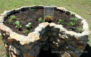 Filling A Keyhole Garden