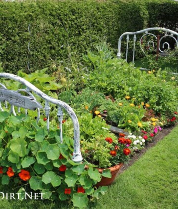 Make Your Garden Magnificent With A Real Life Flower Bed Hometalk