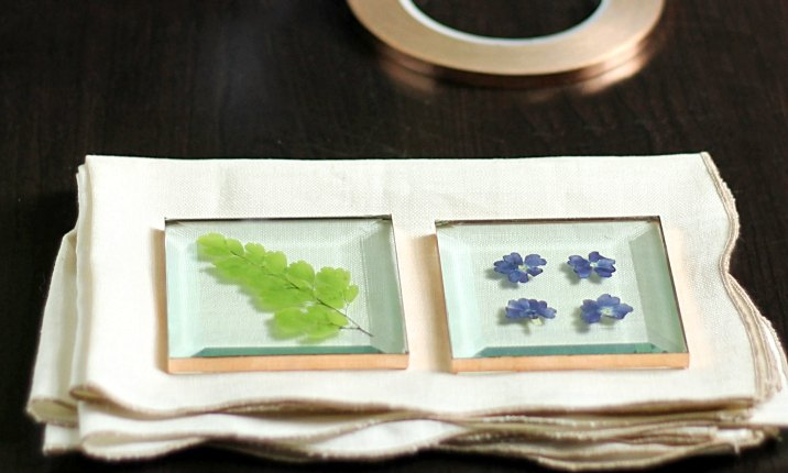 pressed flower glass coasters, crafts, flowers, gardening, how to, repurposing upcycling