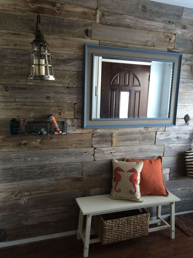 Repurposed Old Fence to Wall Decor | Hometalk