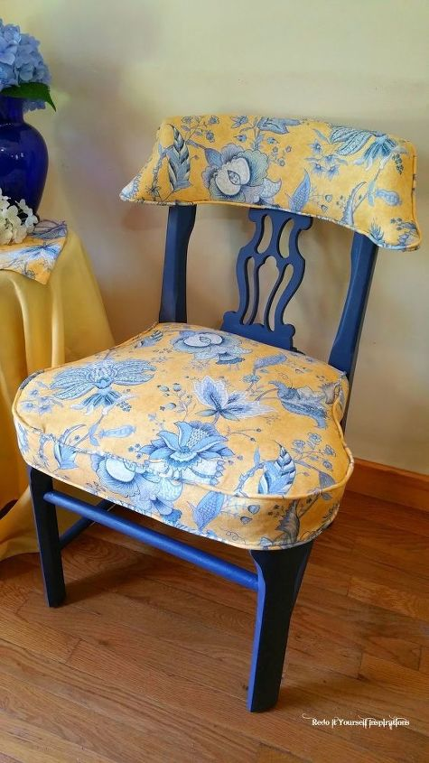 reuphosltered armchair, painted furniture, reupholster