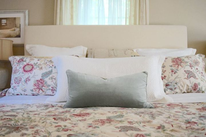 Diy upholstered drop cloth headboard hometalk diy upholstered drop cloth headboard bedroom ideas how to painted furniture repurposing solutioingenieria Image collections