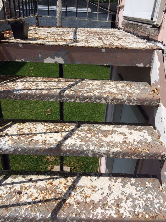 q how to remove rust off an iron stairwell, cleaning tips, Does not even have to be perfect