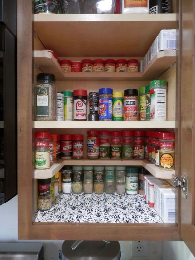 Diy spicy shelf organizer hometalk for Bathroom cabinet organizer ideas