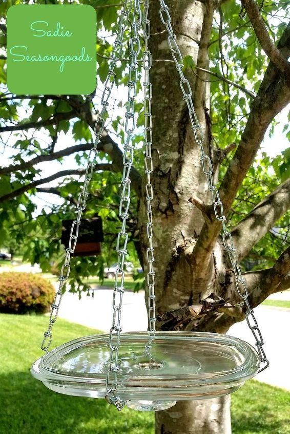 Photo via Sarah @[url=http://www.sadieseasongoods.com/thrifted-glass-lid-hanging-bird-bath/]Sadie Seasongoods[/url]