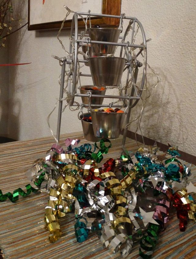 Repurposed Revolving Picture Frame to Ferris Wheel Candy Holder ...