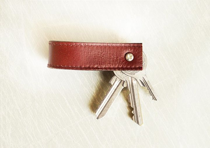 repurposed belt to key chain, crafts, how to, repurposing upcycling