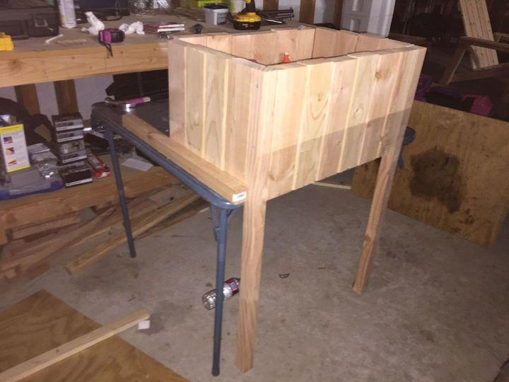 diy raised planter with trellis hometalk. Black Bedroom Furniture Sets. Home Design Ideas