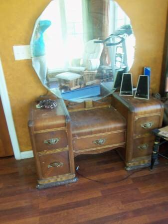 Art Deco Vanity Makeover Painted Furniture Repurposing Upcycling Reupholster