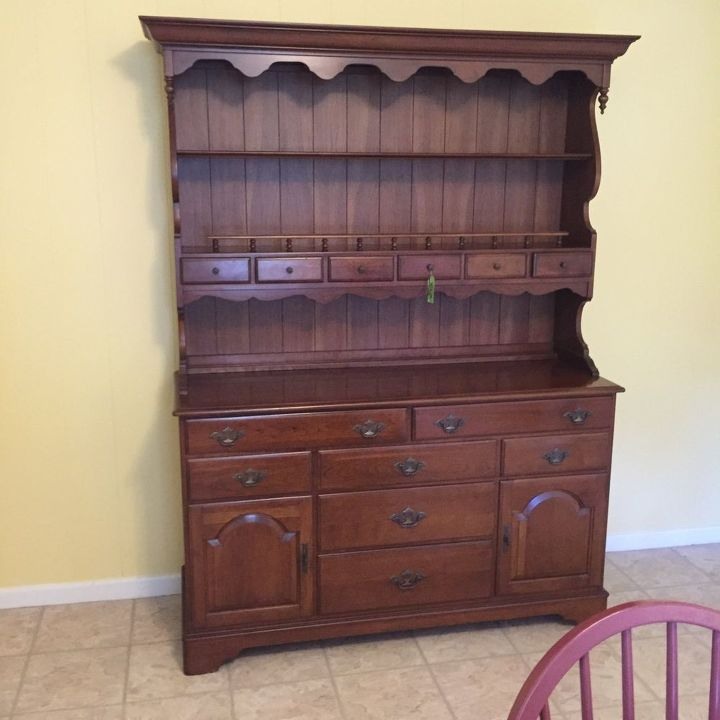 painted vintage ethan allen hutch, painted furniture, Before - Painted Vintage Ethan Allen Hutch Hometalk