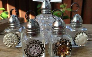 vintage salt shaker and photo holders, christmas decorations, crafts, how to, repurposing upcycling, seasonal holiday decor