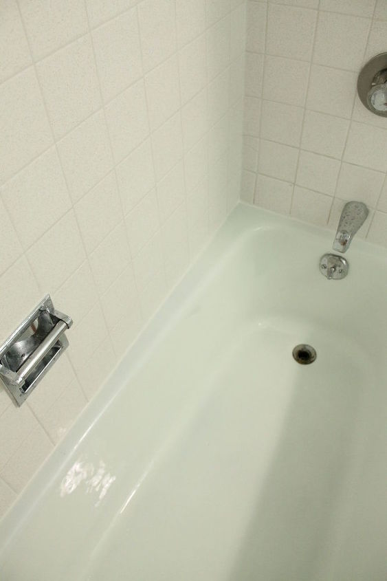 how to get rid of old grout and caulking, bathroom ideas, cleaning tips, home maintenance repairs, tiling