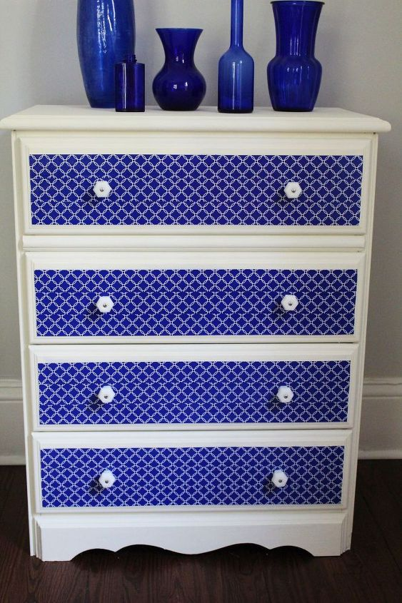 dresser makeover with chalk paint and duct tape, chalk paint, painted furniture, repurposing upcycling