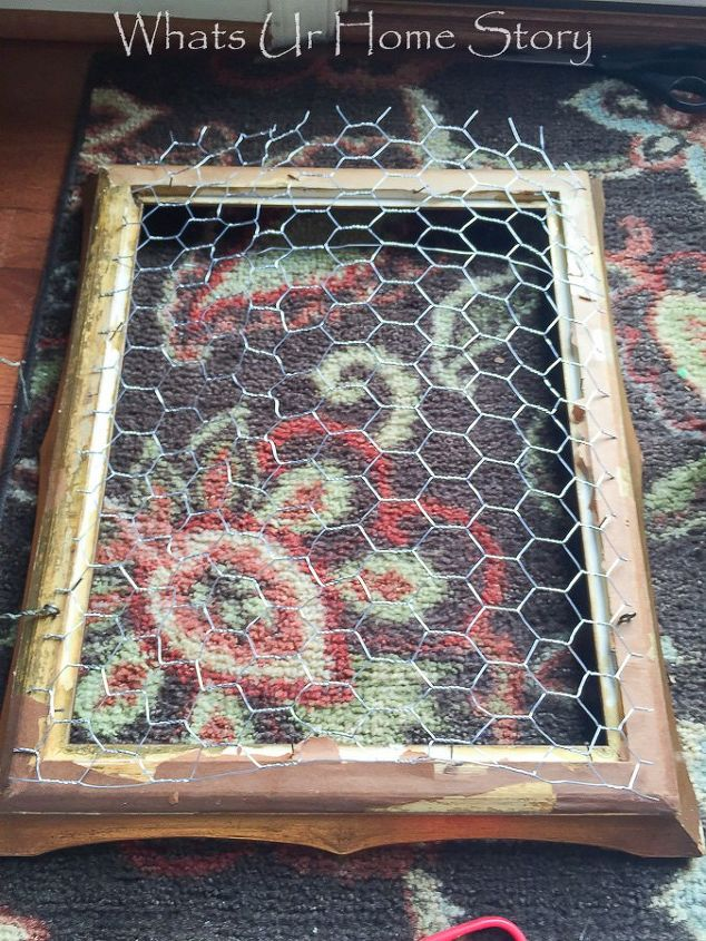 vintage frame chicken wire paint fabulous jewelry organizer, crafts, organizing, repurposing upcycling