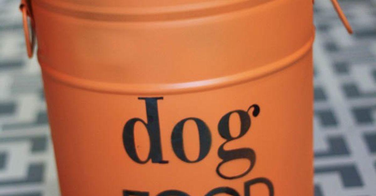 Diy Dog Food Storage From An Old Popcorn Tin Hometalk