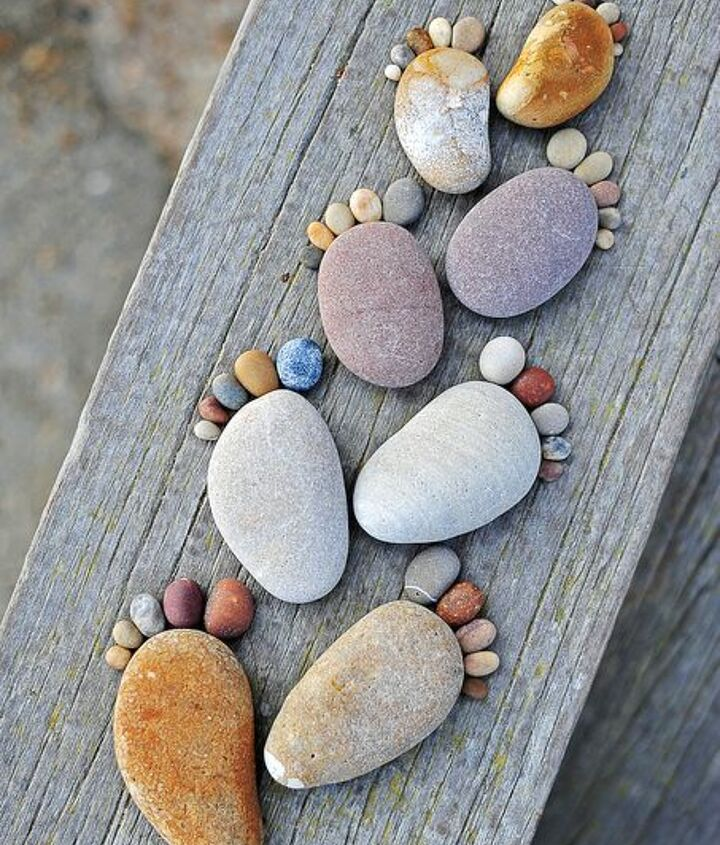 Photo via [url=http://www.beautifullife.info/art-works/stone-footprints-by-iain-blake/]Beautiful Life[/url]
