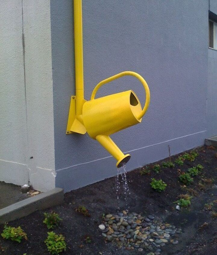 Photo via [url=http://www.apartmenttherapy.com/clever-downspouts-fun-ways-to-make-the-rain-rain-go-away-176491]Apartment Therapy[/url]