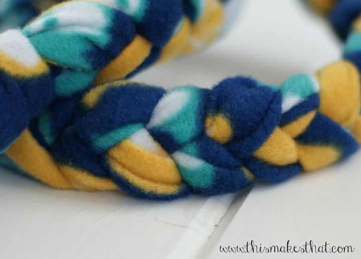 how to make a fleece dog toy, crafts, how to, pets animals
