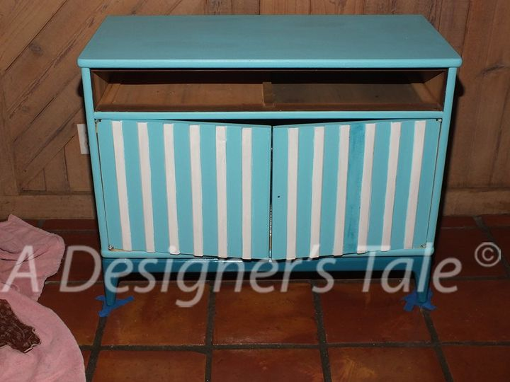 the foyer chests get a makeover, painted furniture