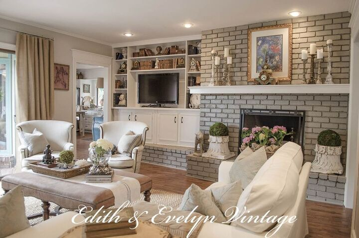 Transforming a family room in a vintage french country for Country family room decorating ideas