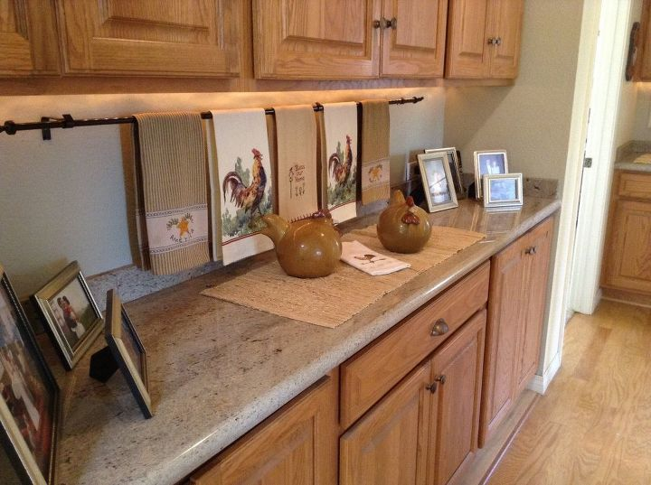 easy decorative handtowel display, home decor, kitchen design