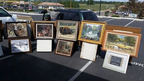 How to store picture frames for later use | Hometalk