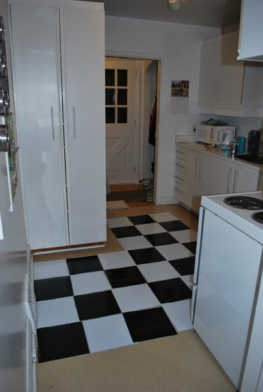how to lay vinyl black and white flooring in stripes, diy, flooring, how to, kitchen design
