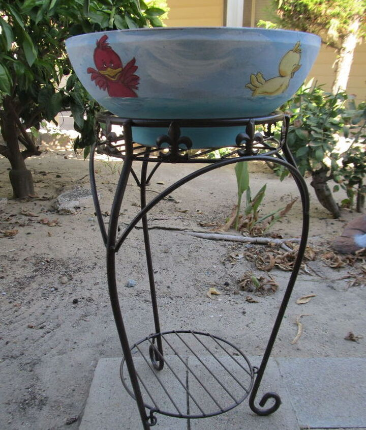 hand painted bird bath, outdoor living, repurposing upcycling