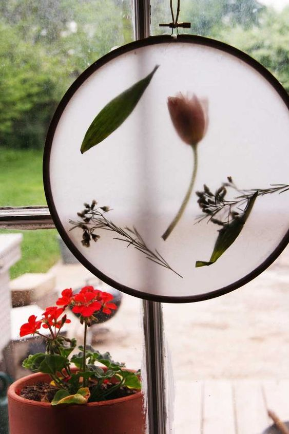 embroidery hoop sun catcher, crafts, repurposing upcycling