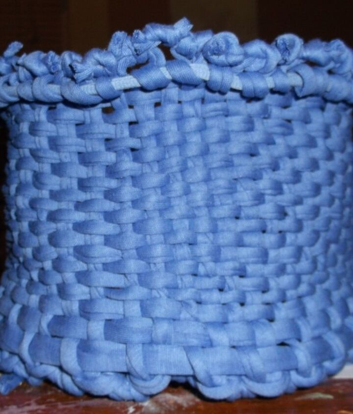 weave a fabric basket, crafts