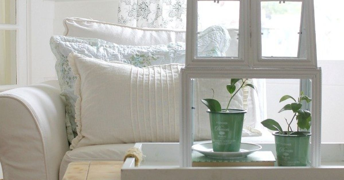 How To Make A Green House Terrarium Using Picture Frames