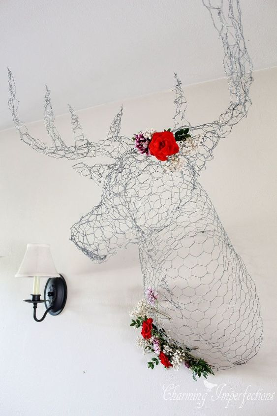 DIY Deer Head Made From Chicken Wire! | Hometalk