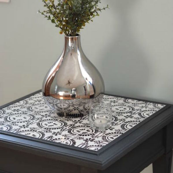 s 15 reasons to drop everything and buy inexpensive tile, tiling, Use a Sharpie to Make a Custom Mosaic