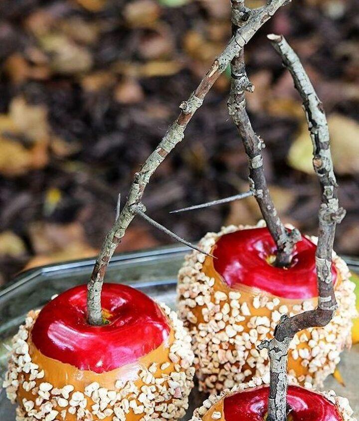 making faux caramel apples for fall decor, crafts, seasonal holiday decor