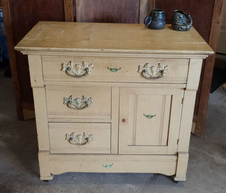 Q What S The Best Way To Clean Old Painted Furniture Cleaning Tips