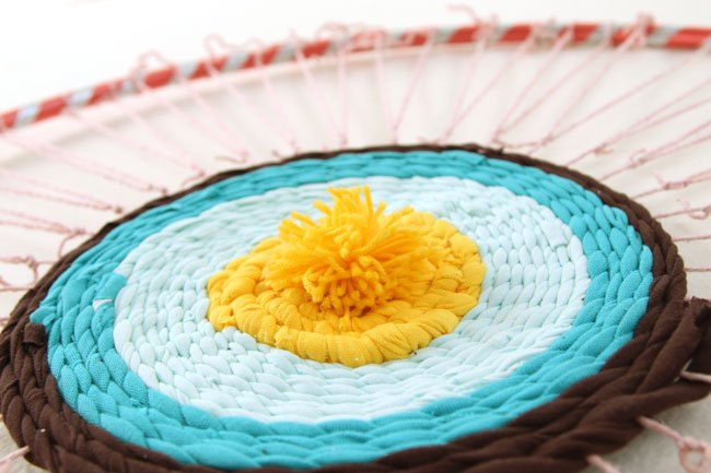 old t shirt rug on a hula hoop loom, crafts, flooring, repurposing upcycling