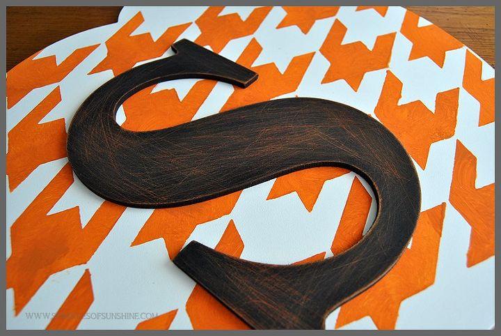 monogrammed pumpkin door decor for fall, crafts, seasonal holiday decor
