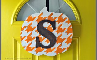monogrammed pumpkin door decor for fall, crafts, seasonal holiday decor