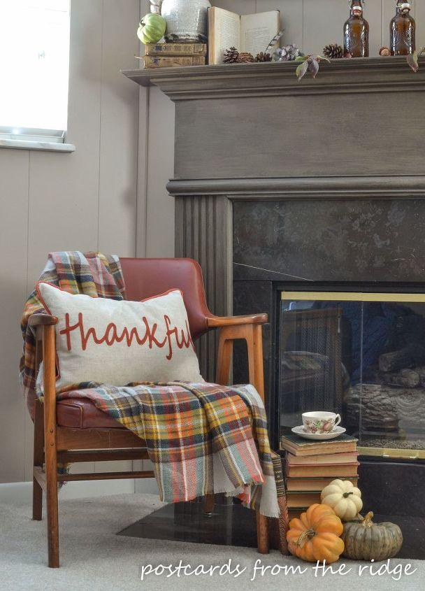 fall mantel decor using vintage and found items, fireplaces mantels, home decor, seasonal holiday decor