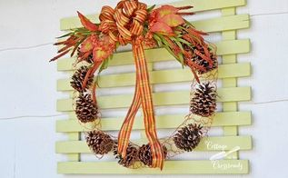 chicken wire and pine cone fall wreath, crafts, seasonal holiday decor, wreaths, Chicken Wire and Pine Cone Outdoor Wreath