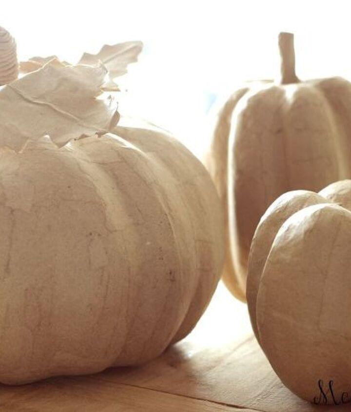 chalk painted pumpkins, chalk paint, crafts, halloween decorations, seasonal holiday decor