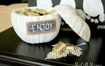 the giving pumpkin, chalk paint, crafts, halloween decorations, seasonal holiday decor