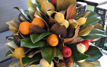How to Make a Fall Centerpiece With Magnolia Leaves