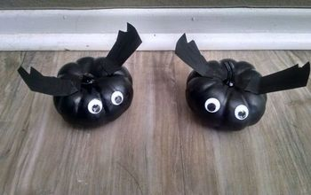 Fun Halloween Decor - Pumpkin Bats