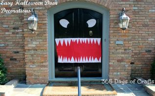 cheap and easy halloween door decorations, halloween decorations, seasonal holiday decor