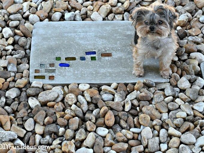 super easy diy modern geometric concrete stepping stones with bling, concrete masonry, crafts, diy, landscape