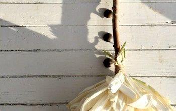 DIY Corn Husk Witches Broom
