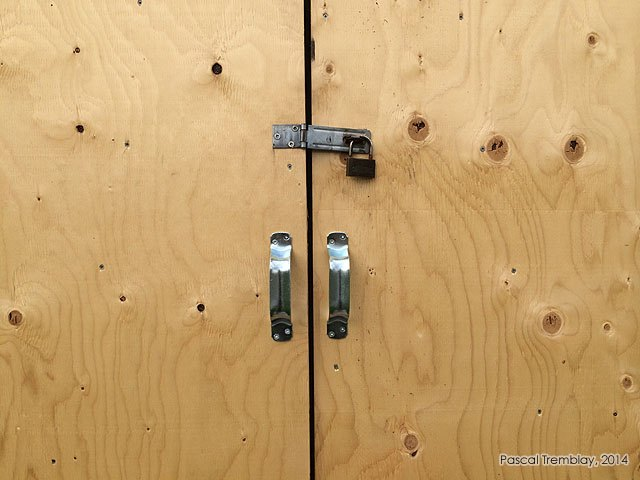 How to make a light shed door